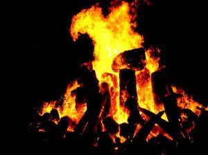 512px-Bonfire